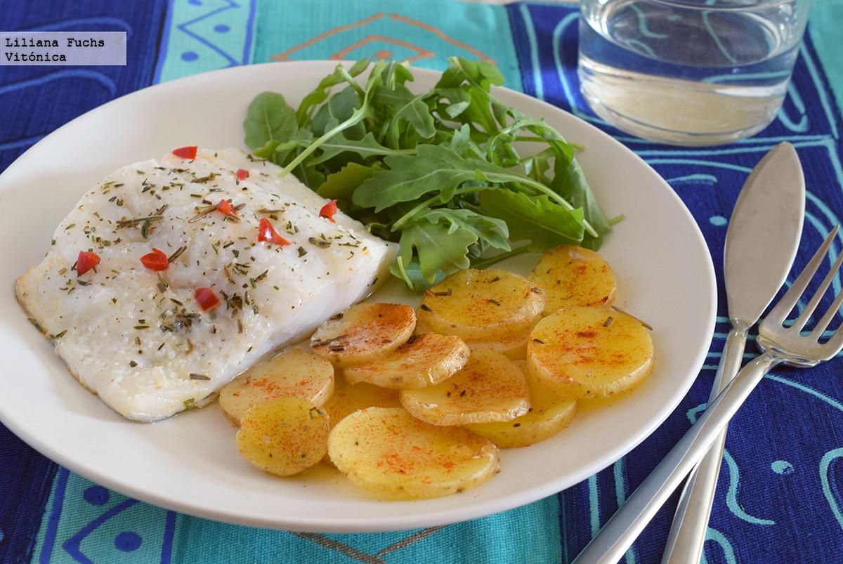 Bacalao con patatas al vapor en microondas - Cocinar pescado en microondas ...
